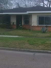 HOUSE For Sale 4+BR 2.5BA Lake Charles