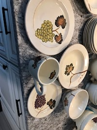 white and brown floral ceramic dinnerware set Linthicum Heights, 21090