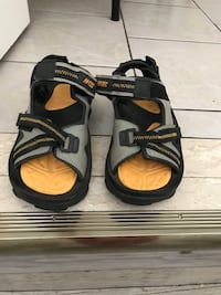 black-and-brown leather sandals Toronto, M1G 2B4