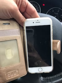 Gold iphone 6s with case Coquitlam