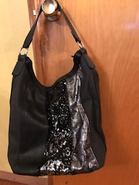Black purse with black and gold sparkly Saint Louis, 63125