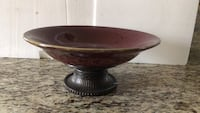 Brown and gray ceramic bowl London, N6K 2W3