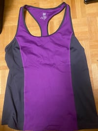 NWOT aerie workout top  Toronto, M1M 1V9