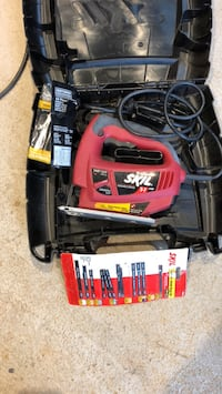 Skil Jigsaw. Great condition. Comes with blades shown. Cash only. You pick up   Falls Church, 22042