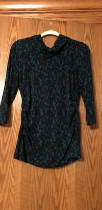 Blue and black floral 3/4-sleeved shirt-M