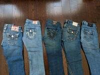 four pairs of blue jeans Richmond Hill, L4B 3C1