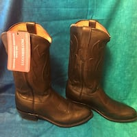 NEW IN BOX Lucchese Ranch Hand Boot - size 9D Mountainair, 87036