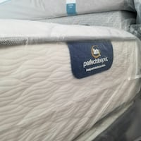 Only $520 New king size Serta Perfect Sleeper plus