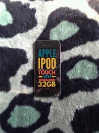 IPOD TOUCH 5TH GEN (CRACKED SCREEN) Edmonton, T6E 1W9
