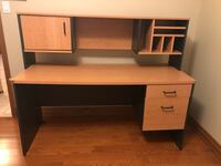 Gently used desk with hutch and filing cabinet/keys. Vaughan, L4L 5K8