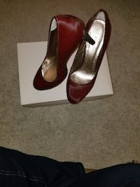 pair of brown leather peep-toe pumps WASHINGTON
