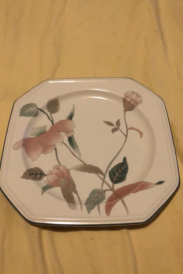 Vintage mikasa large china set c4a70d73-82d0-470f-b4a5-1857532b96bc