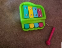 2 in 1 Toy Xylophone and Piano - $5 Toronto, M9B 6C4