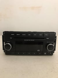 Jeep Wrangler Stock Radio  Houston, 77598