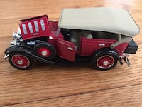 Chevrolet - 1932 diecast  Plymouth