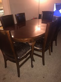 Wood Dining Room Table and Leather Chairs  Woodbridge, 22191