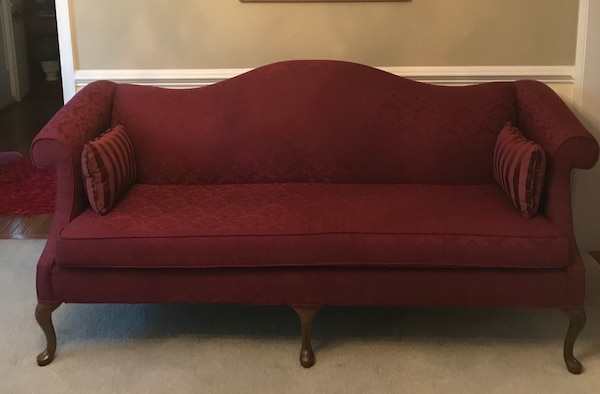 Couch (Dark Ruby Red)