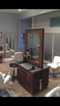 2 sided styling station Frederick