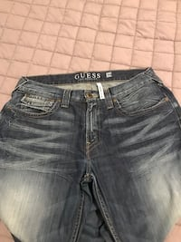 Men's size 36 guess jeans Mississauga, L5J 1W3