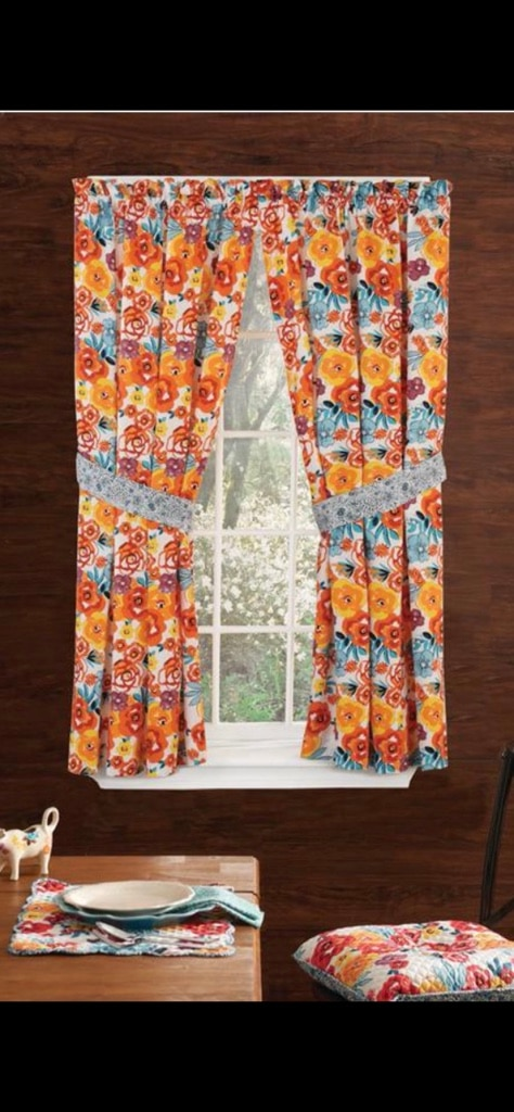 Photo 3 SETS of 40x63 pioneer woman curtains