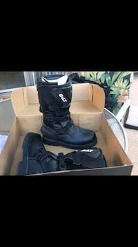 Bilt boots Men's size 8 Chicago