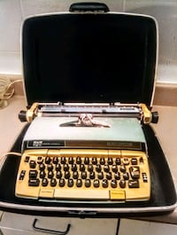 Smith-Corona Electra 220 portable typewriter