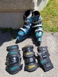 Women's roller blades with knee, elbow and wrist guards. Vaughan, L4J 0G1