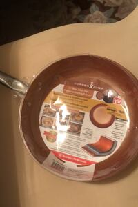 """Brand new 10"""" nonstick frying pan works in oven stove top Ottawa, K1C 7S2"""