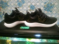 Brand new Jordan shoes size 5 youth  La Marque, 77568