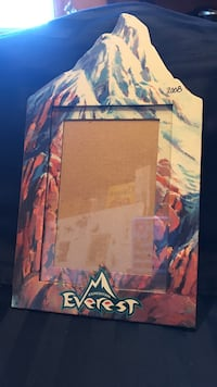 Everest picture frame from Disney Marrero, 70072