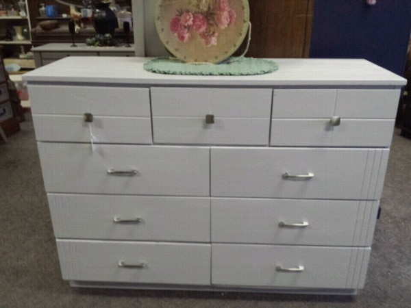 Used White Wooden Dresser With Mirror For Sale In Selah