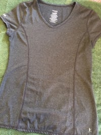 Grey shirt adult small Torrance, 90503