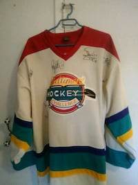 Signed Ultimate hockey challenge jersey Selkirk, R1A 1P2