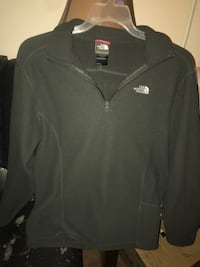 North Face pull over fleece Fredericktown, 43019
