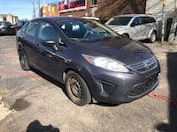 2012 Ford Fiesta automatic certified 4cylinder 1litre Toronto