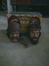 Cheech and chong sculptures Woodstock, N4S