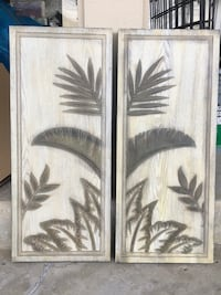 Two wooden hand painted wall decors Los Angeles, 90049