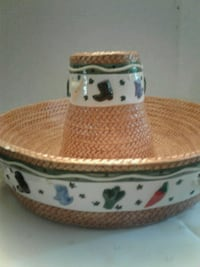 white and brown ceramic bowl Las Cruces, 88005