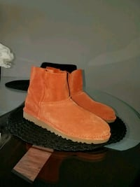 New Uggs with tag ! Irving, 75039