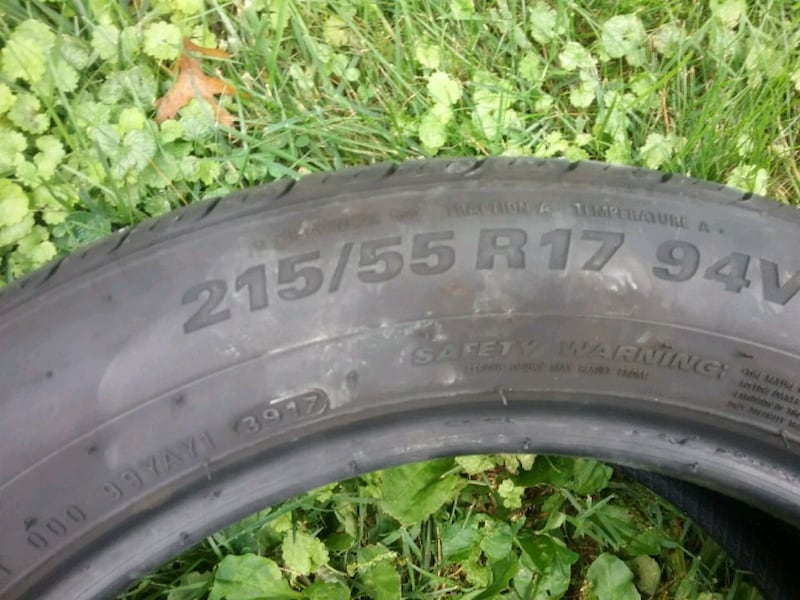 Pair of tires ..... 215 55 17 5
