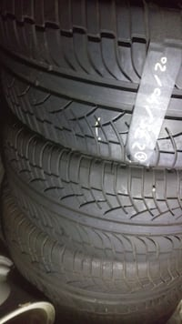Vehicle tire set 275/40/20 it's fit on Range Rover Benz ml350 gl 350 Ford Edge Mechlin tire Toronto, M8Z 5K1