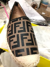 Fendi Leather .size 39 Los Angeles, 91335
