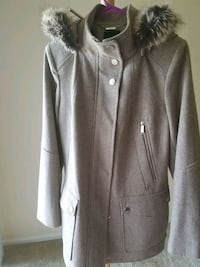 Gray coat, never used size M South Bend