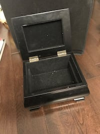 Jewelry box  Pickering, L1V 1B8