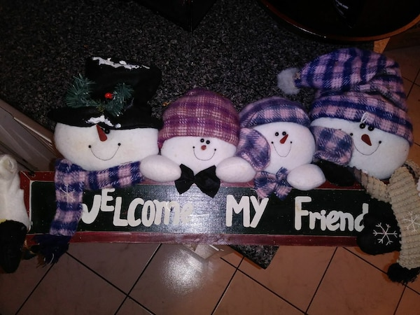 Friends snowman decoration