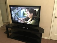 Tv 46inch and tv stand  Hawthorne, 90250
