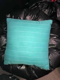 Small throw pillow Annandale, 22003