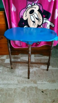 Antique table Wichita Falls, 76306