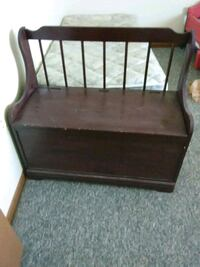 brown wooden framed brown padded bench Baltimore, 43105