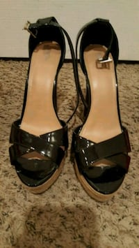 black leather open-toe ankle strap pumps Raytown, 64138